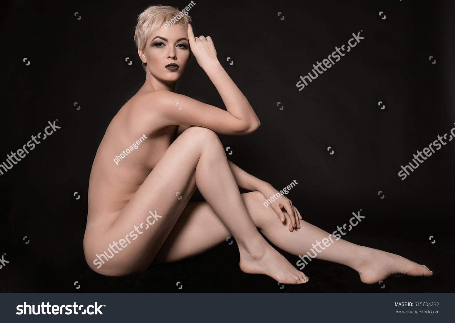 Beautiful nude girls legs