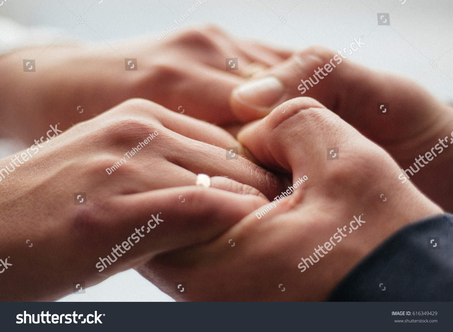 Mens Hands Hold The Female Symbol Of Trust And Family Ez Canvas