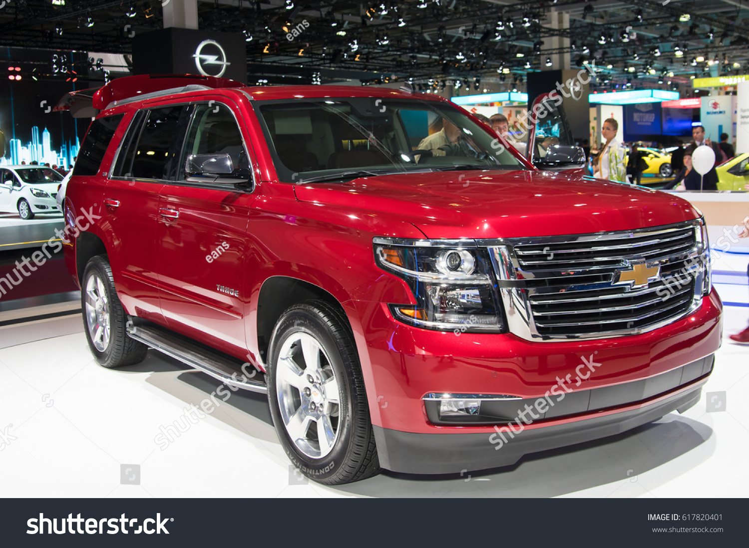 Moscowseptember 2 European Premiere Chevrolet Tahoe Stock Photo Edit Now 617820401