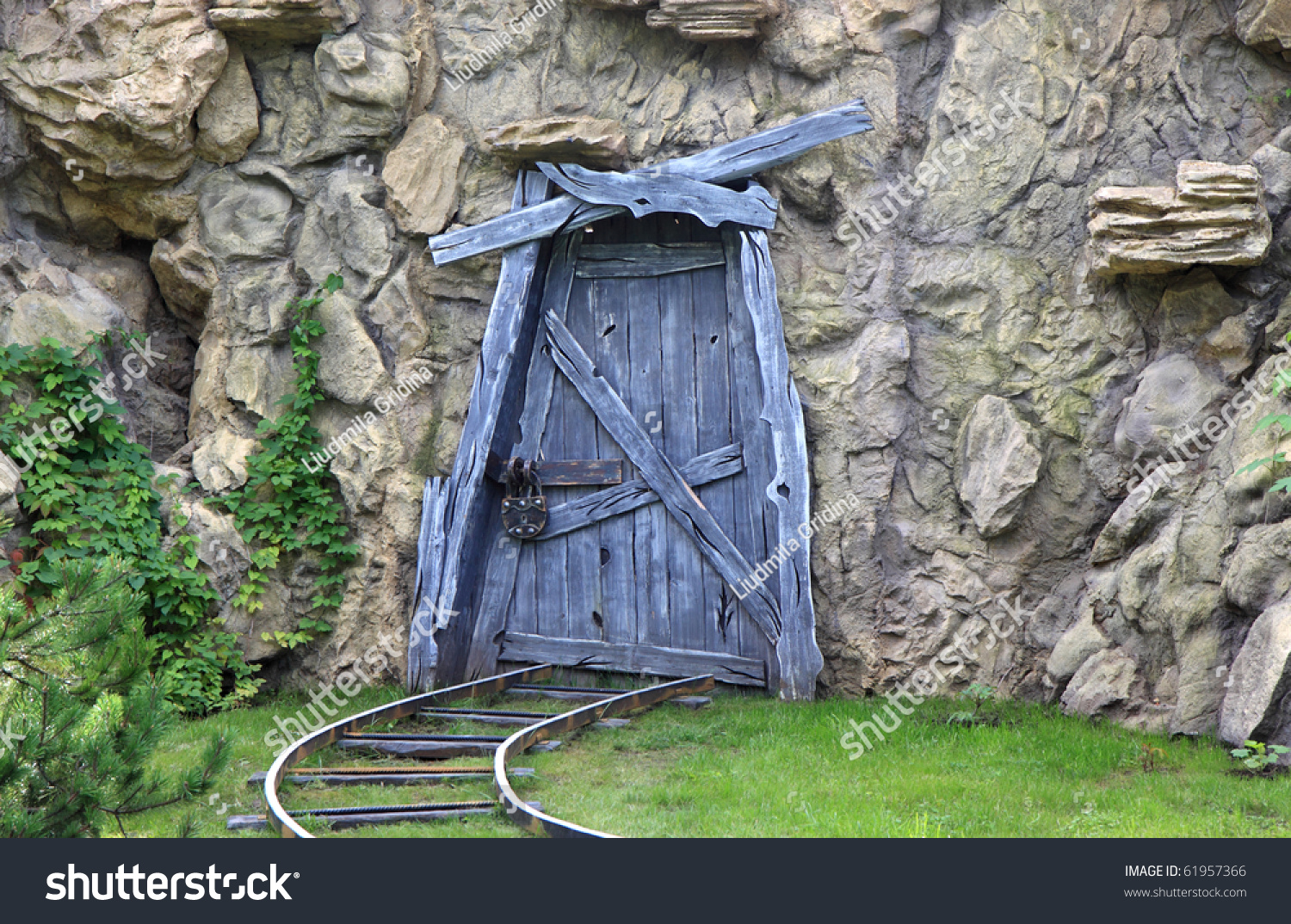 closed door to the abandoned mine & Closed Door Abandoned Mine Stock Photo 61957366 - Shutterstock Pezcame.Com