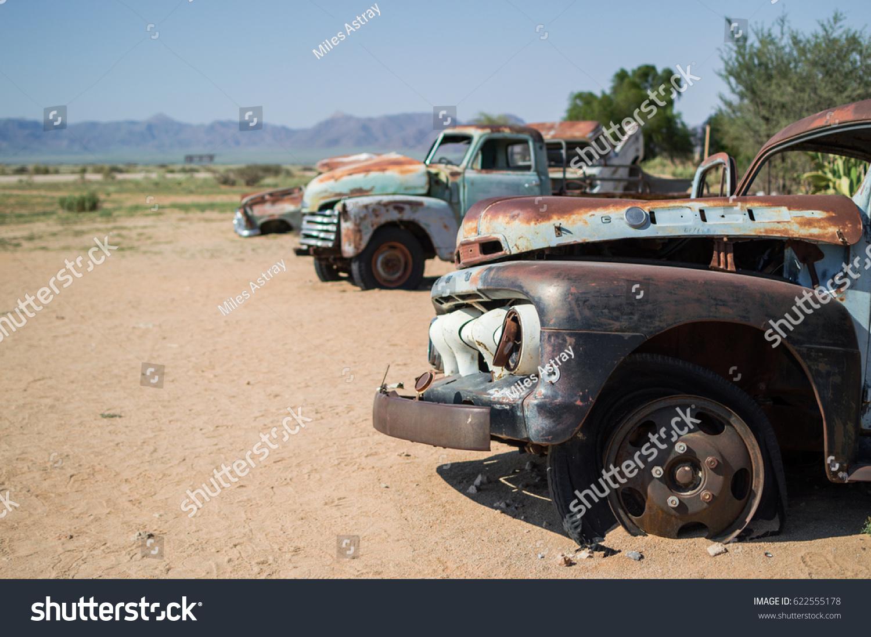 Old Timer Car Wrecks Desert Landscape Stock Photo 622555178 ...