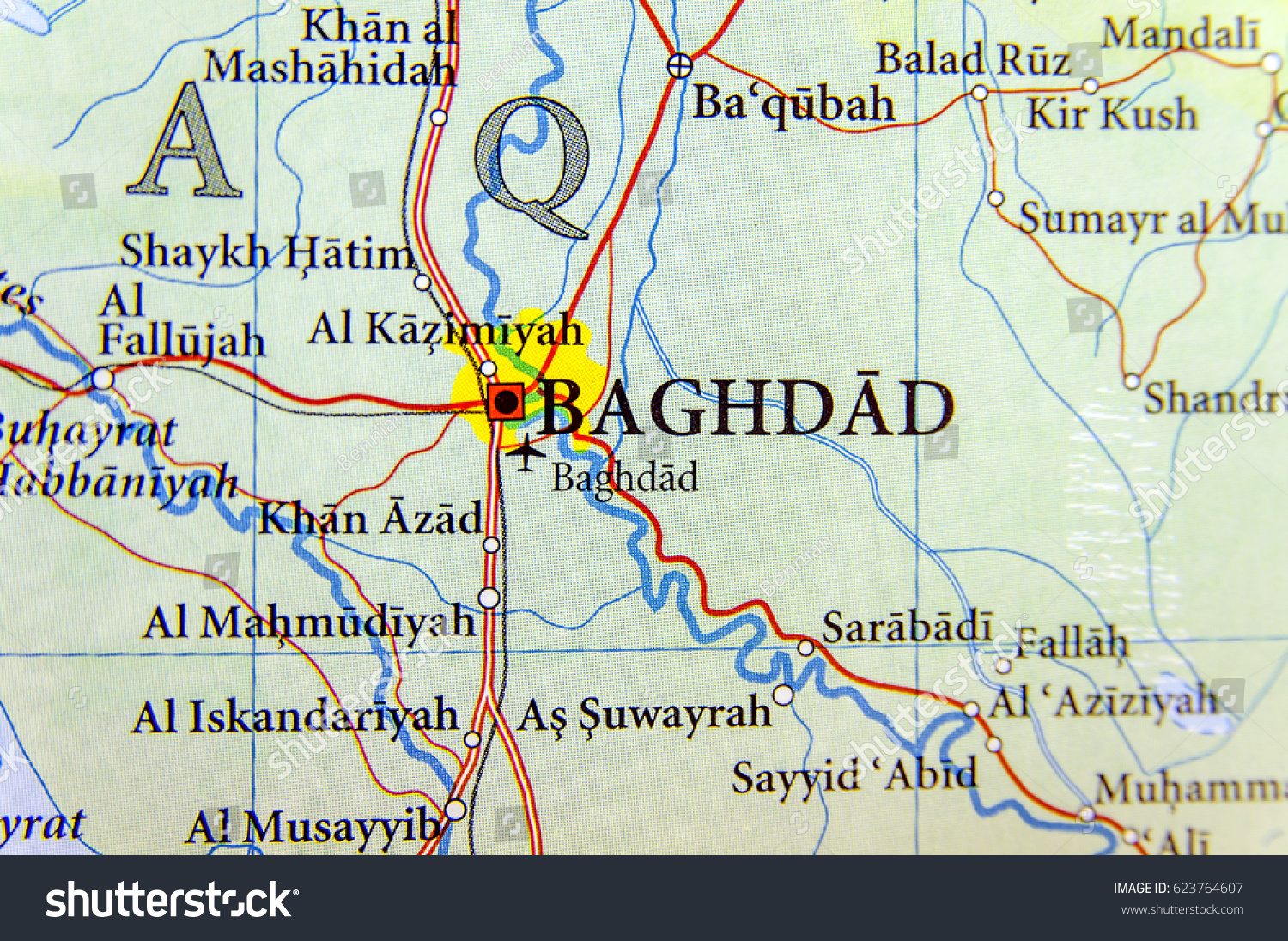 geographic map of irag with capital baghdad city