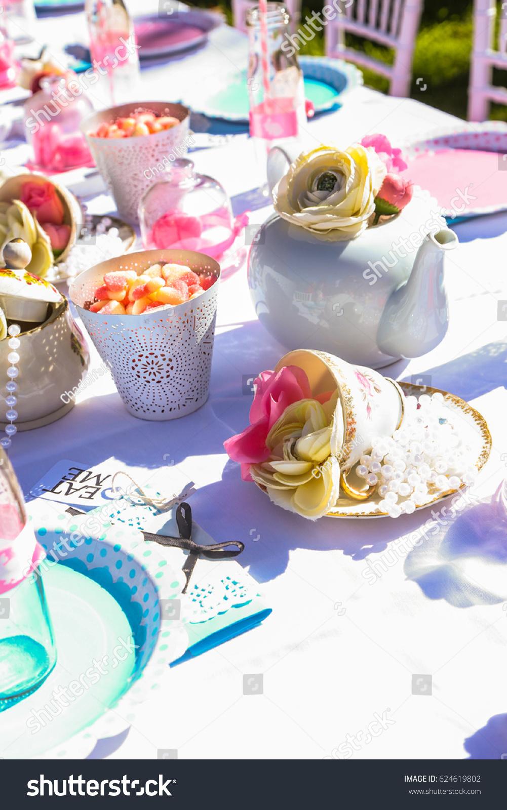 table setting for kids – Loris Decoration