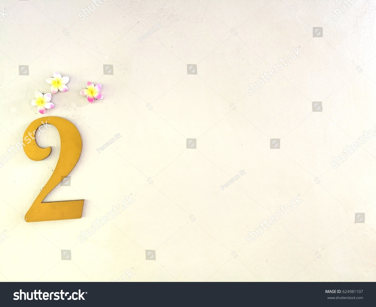 Gold Color Number Two Flower Model Stock Photo 624981107 ...