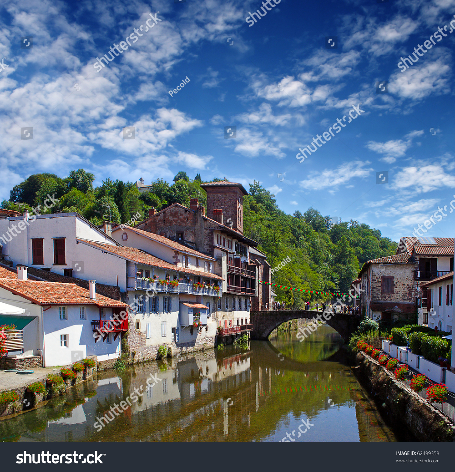 Saint jean pied de port is the traditional starting point - Saint jean pied de port santiago de compostela ...