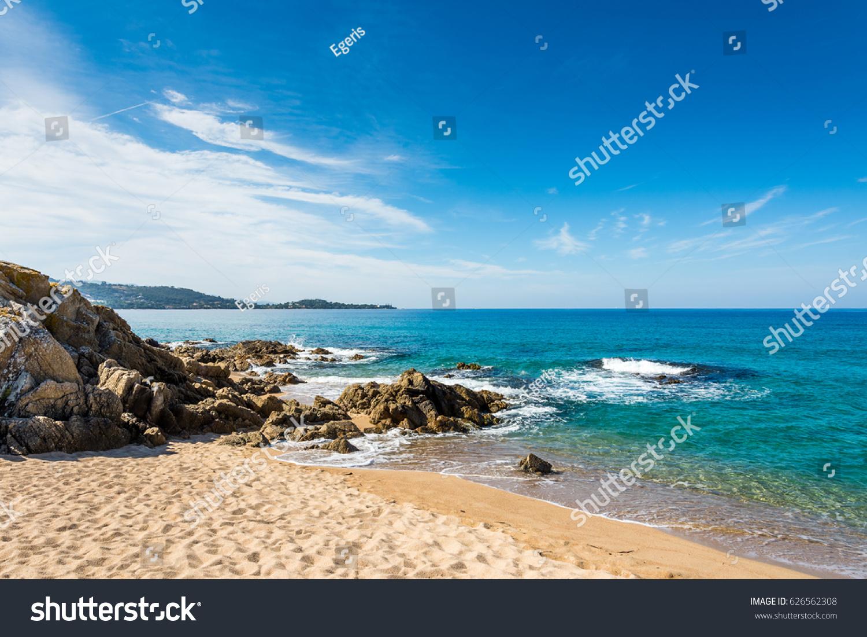 stock-photo-beautiful-corsica-beach-moun