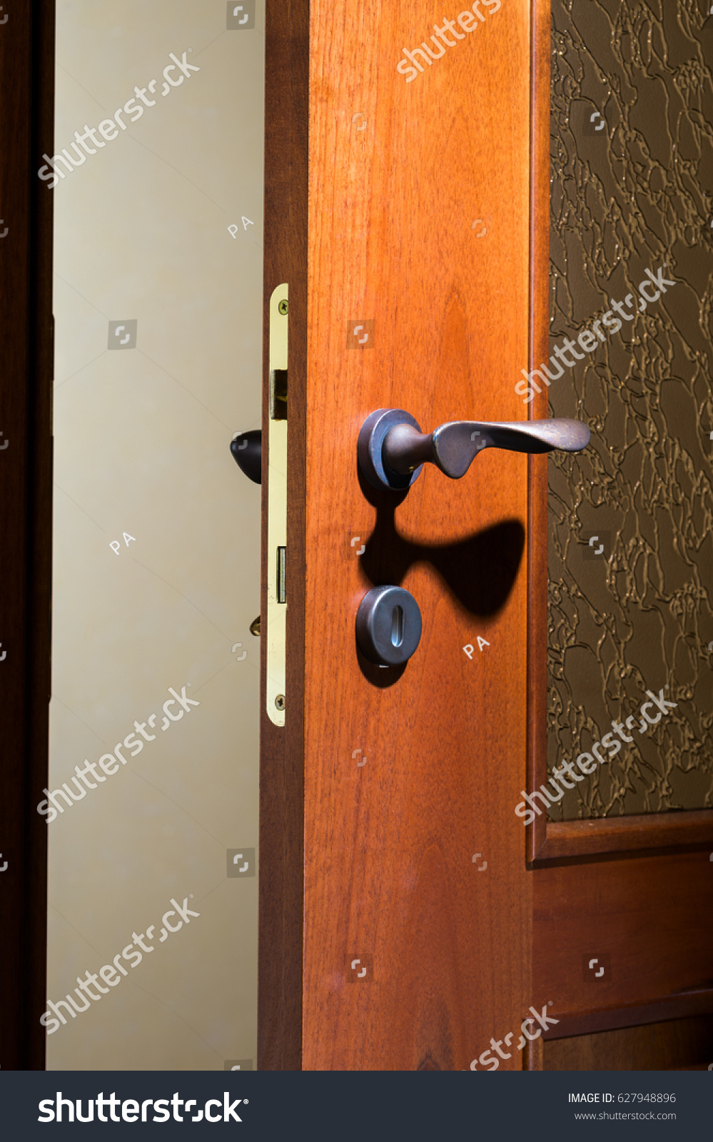 Wooden Door Lock Handle Interior Buildings Landmarks