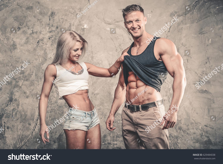 bite musclee couple cherche amant