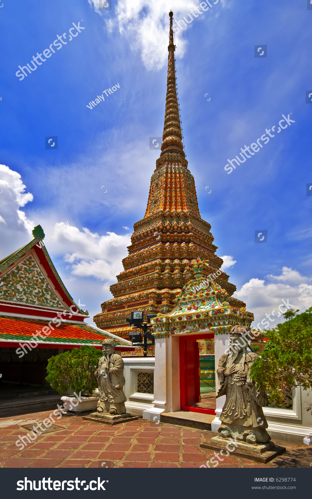 Authentic thai architecture in wat pho stock photo 6298774 for Wat architecture