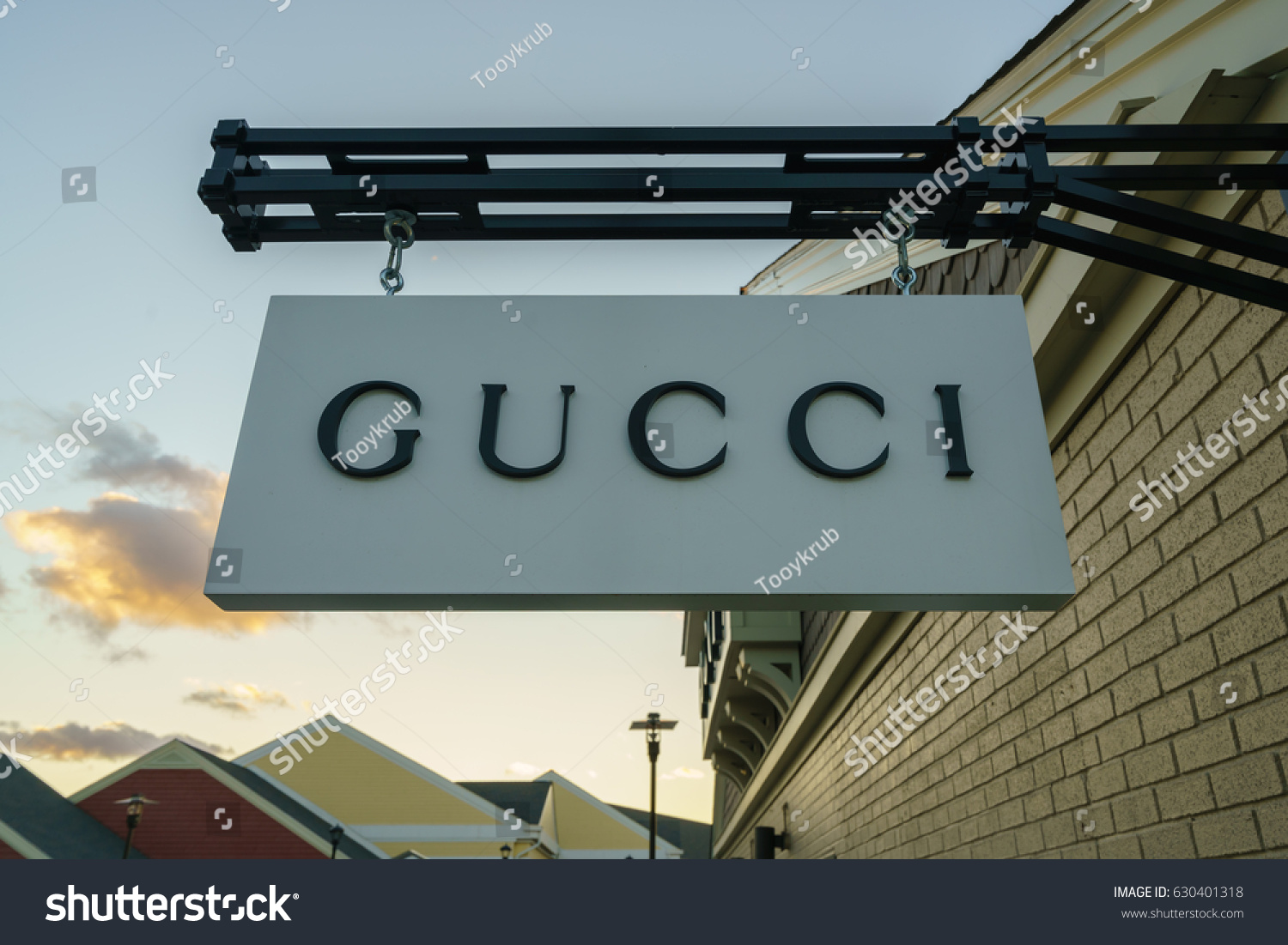 e8347bcc2a4 WOODBURY NEW YORK OCT 26 Gucci Stock Photo (Edit Now) 630401318 ...