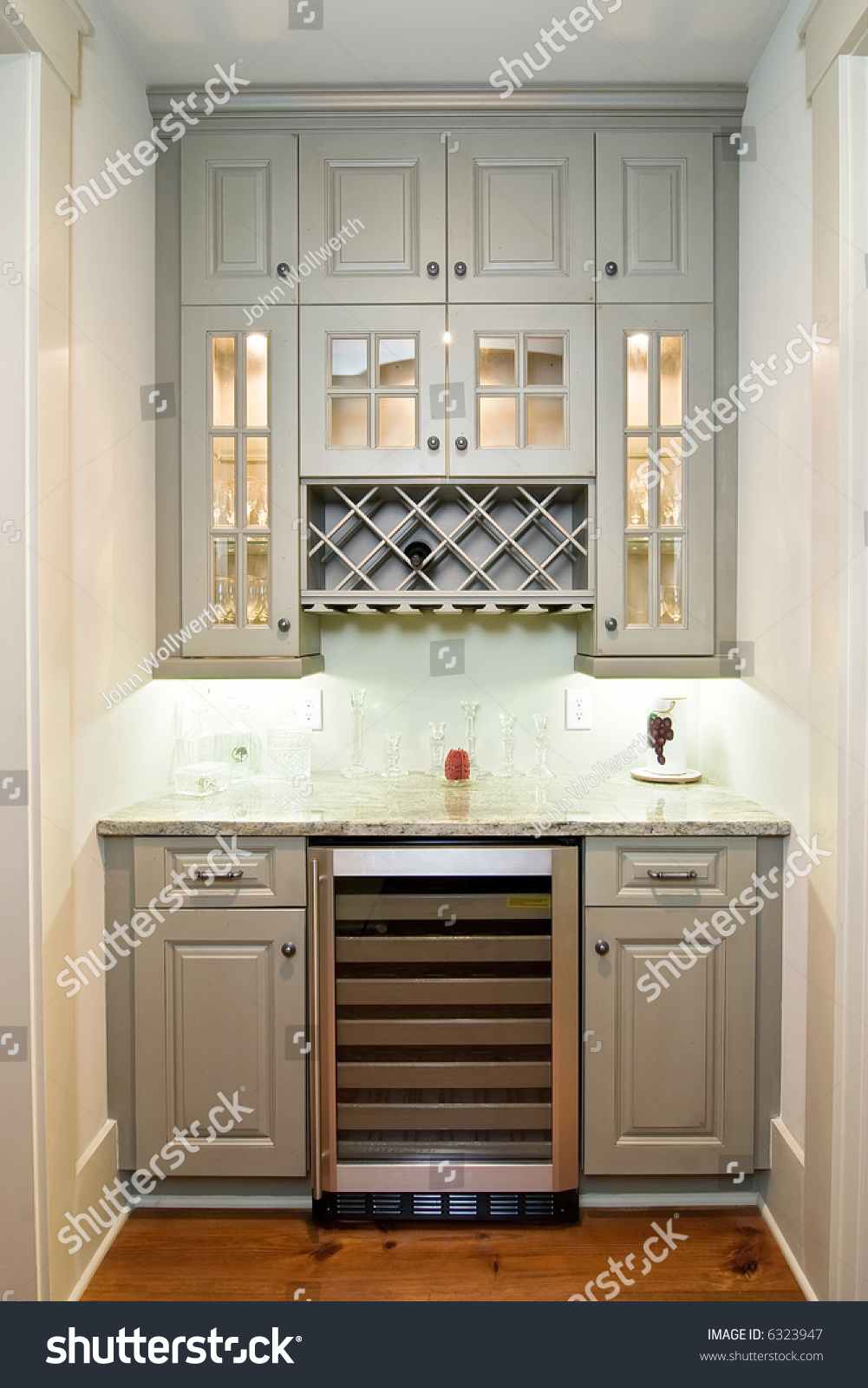 Small Butlers Pantry