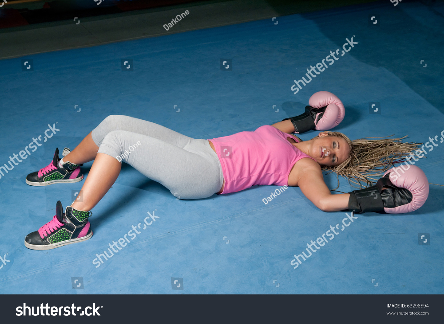 Picture of knocked out women