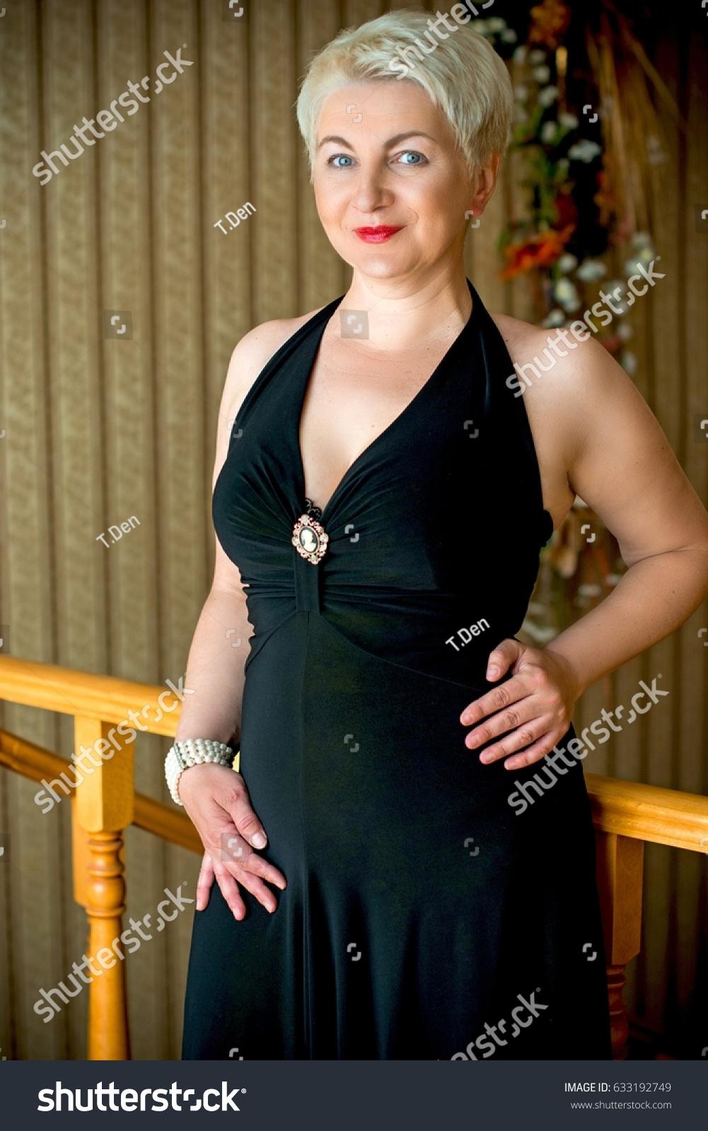 Evening dress mature