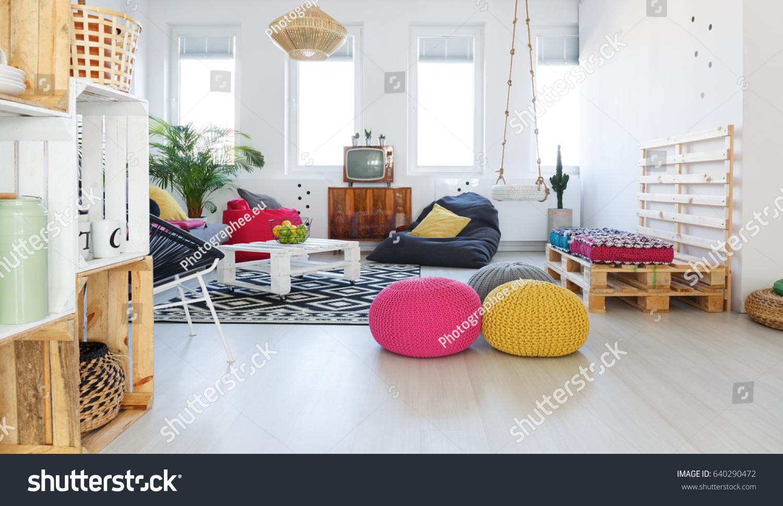 Colorful Retro Living Room Pouf Tv Stock Photo 640290472 ...