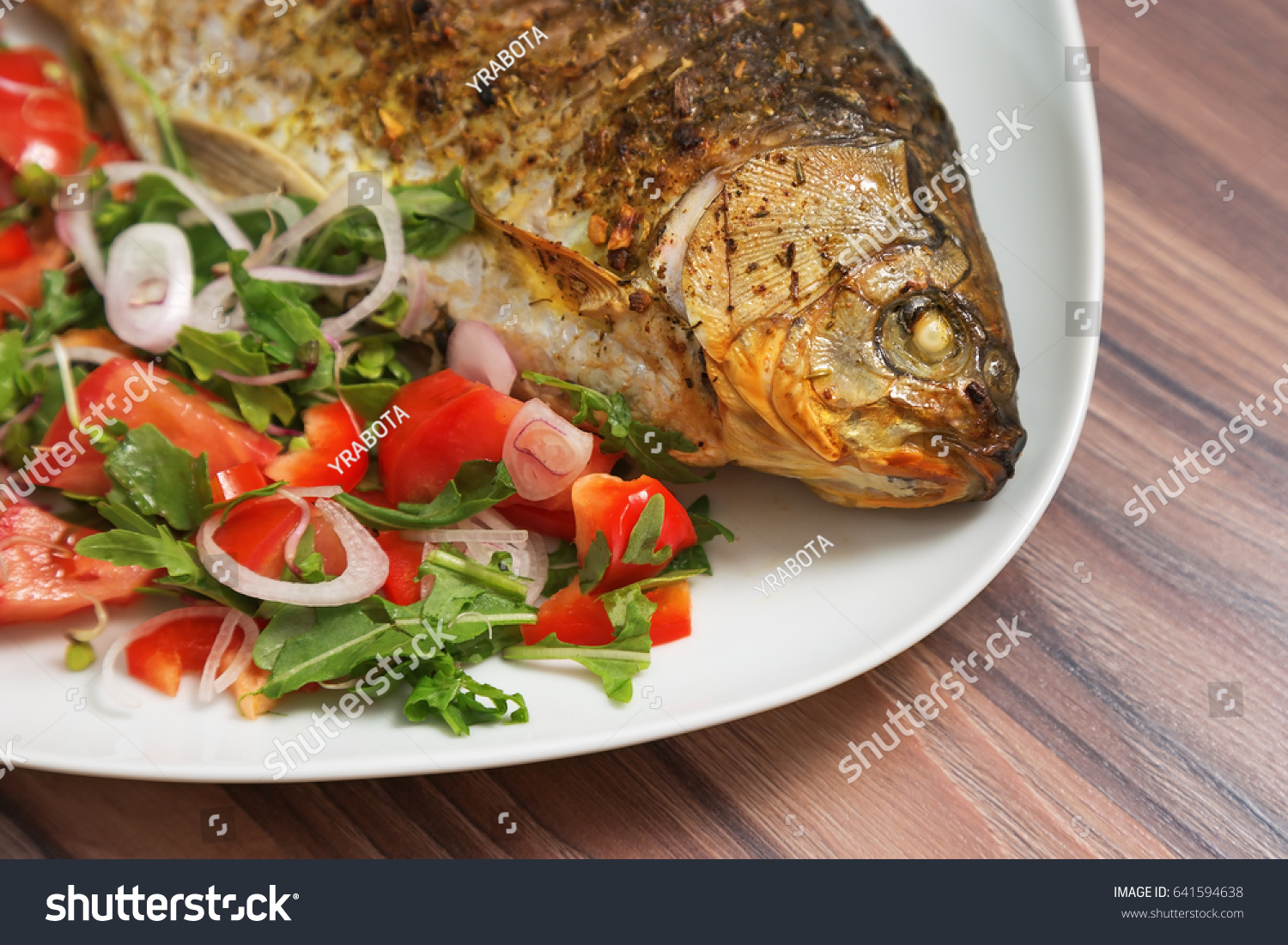 How to cook a crucian Carp roasted, baked, in sour cream - recipes, photos 47