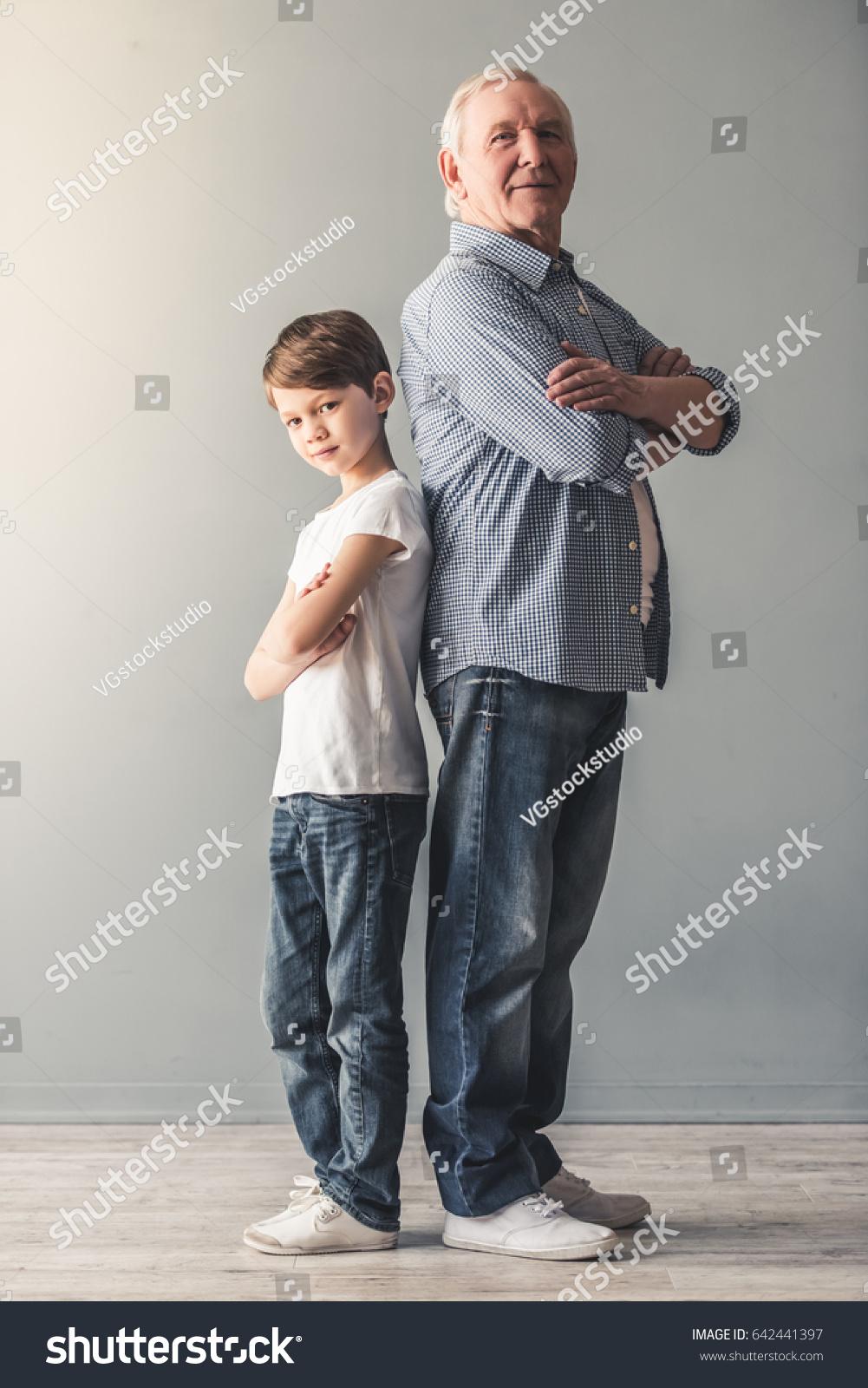 Полная женщина и внук