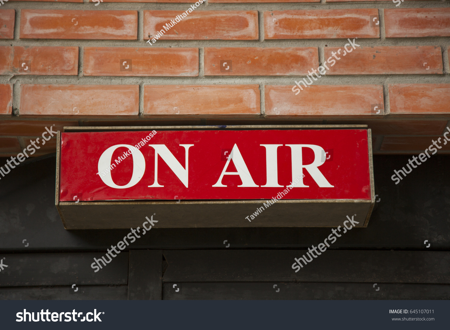 on air sign on wood background ez canvas