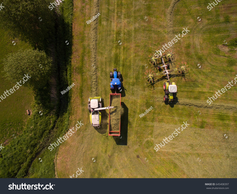 Riding Lawn Mower Blowing Grass   EZ Canvas