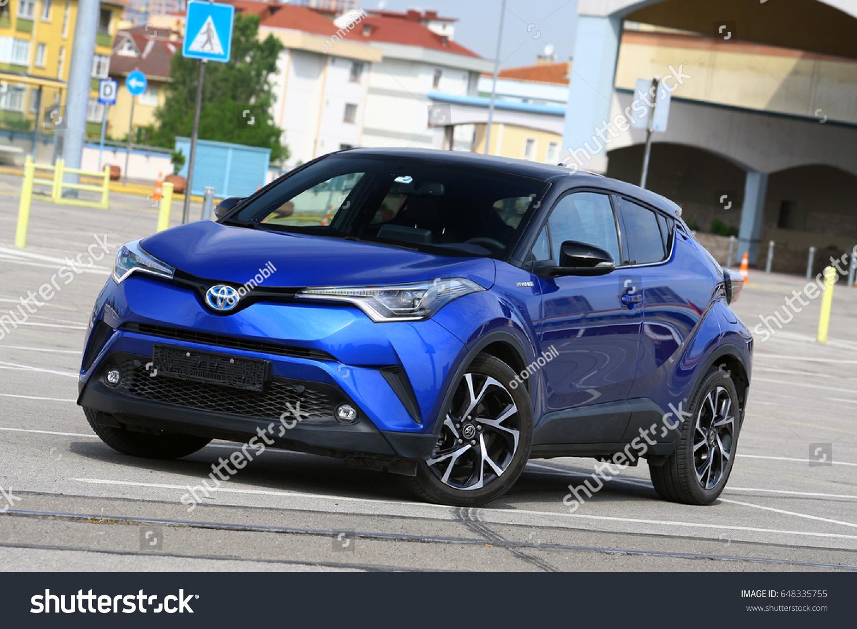toyota crossover and models suvs highlander prices findlay limited crossovers hybrid specs suv