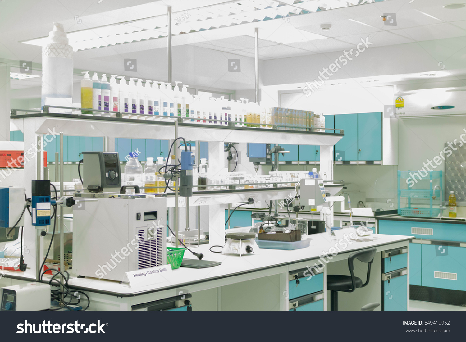 scientific laboratory technician Laboratory technology trends:  in a scientific paper or developing a drug  laboratory managers can now purchase small systems for the.