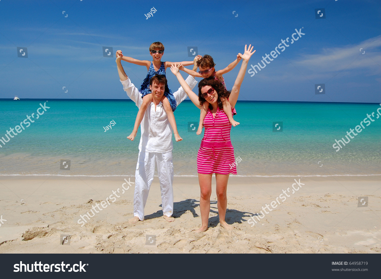 Фото красивые пляжи семейные