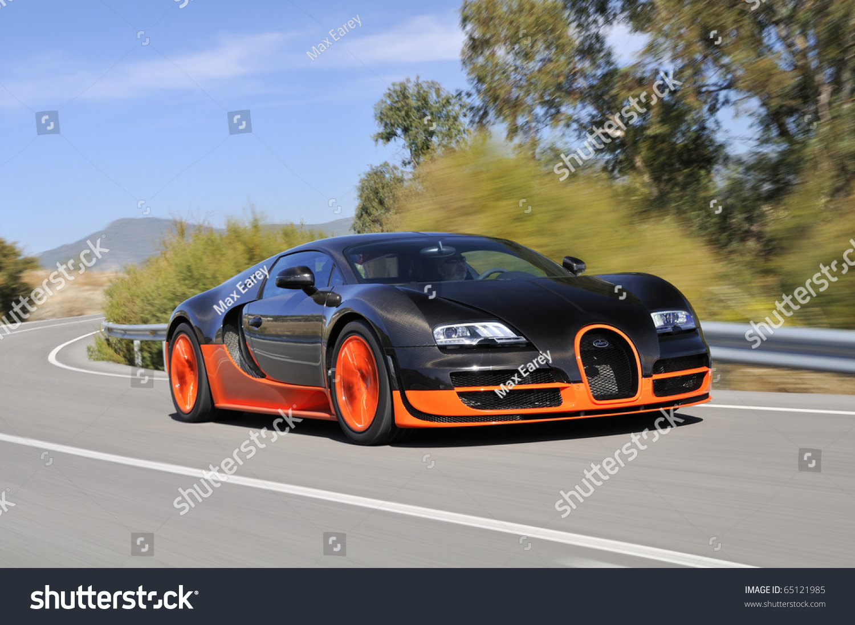 jerez spain september 19 the bugatti veyron super sport the world 39 s fastest production car. Black Bedroom Furniture Sets. Home Design Ideas
