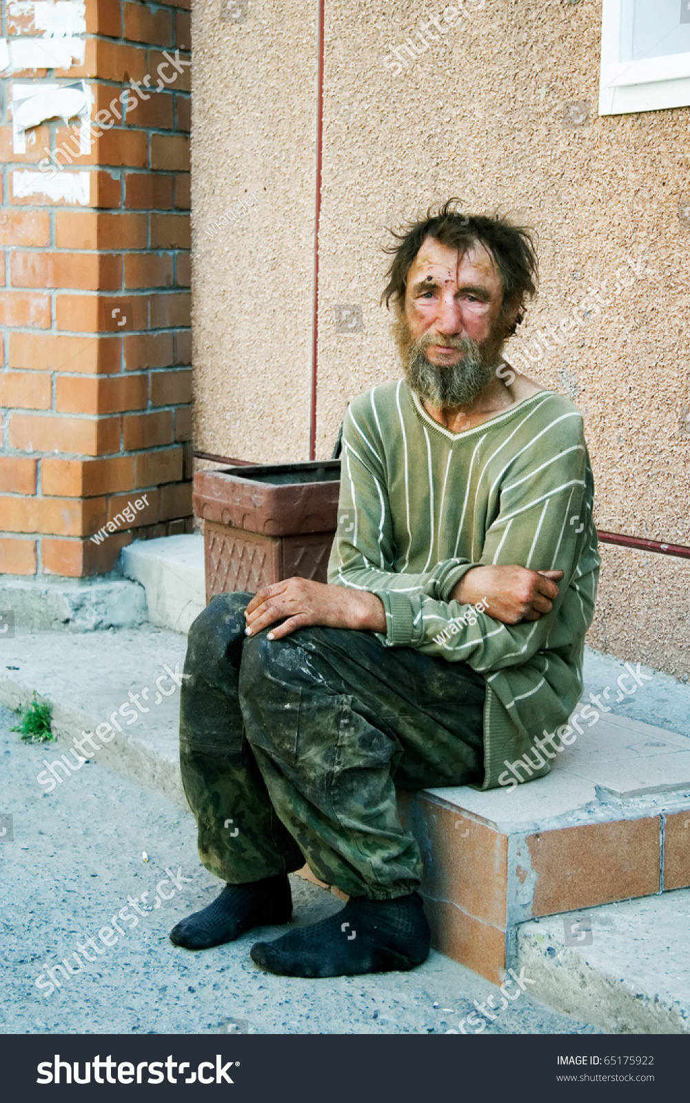 life of homeless men in urban Persons impacts upon the passerby's aesthetic perception of the urban  tion of  whether real-life persons, like homeless people may trigger aesthetic feelings.
