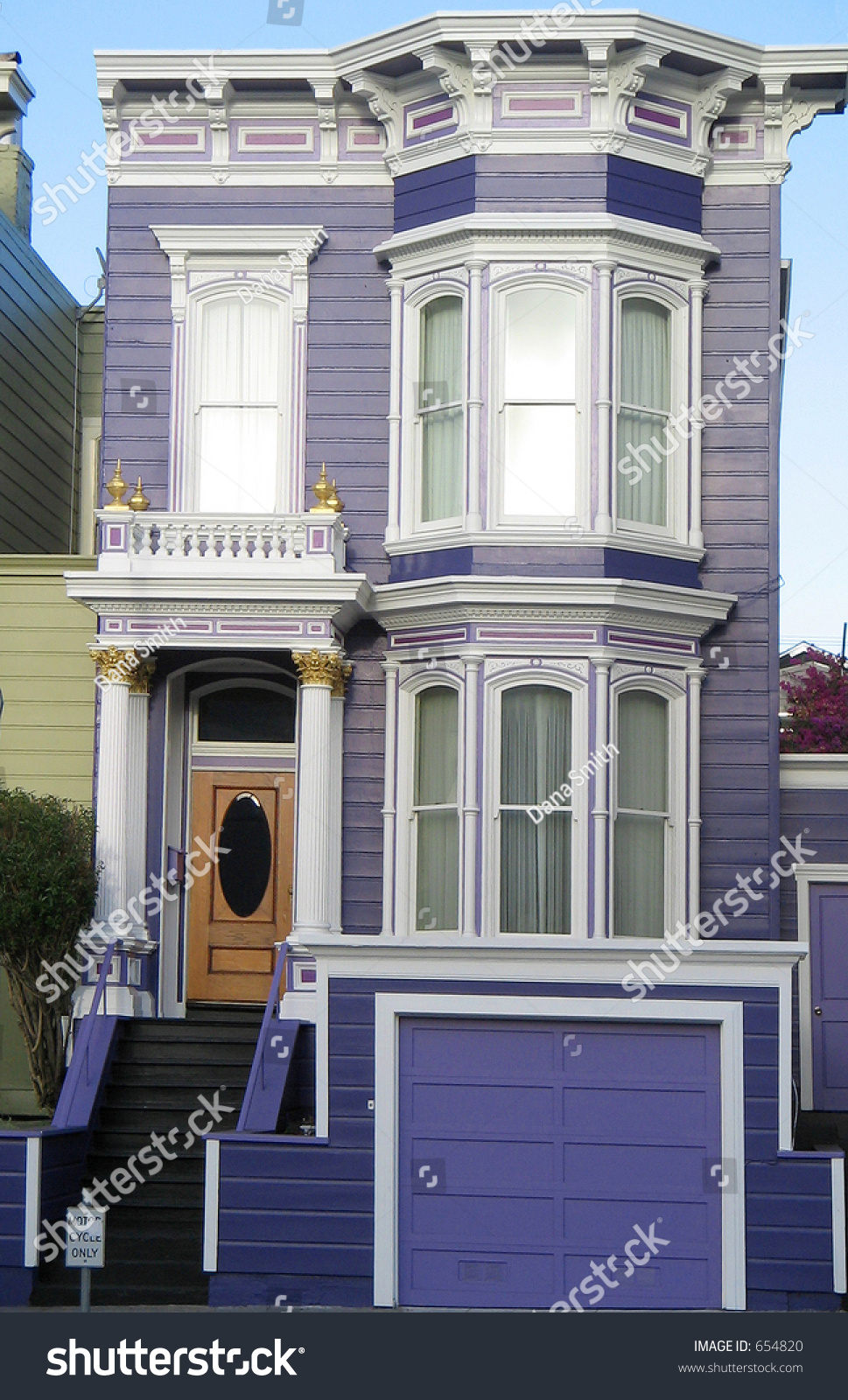 Ornate Purple Victorian House In San Francisco California Usa Stock Photo 654820 Shutterstock
