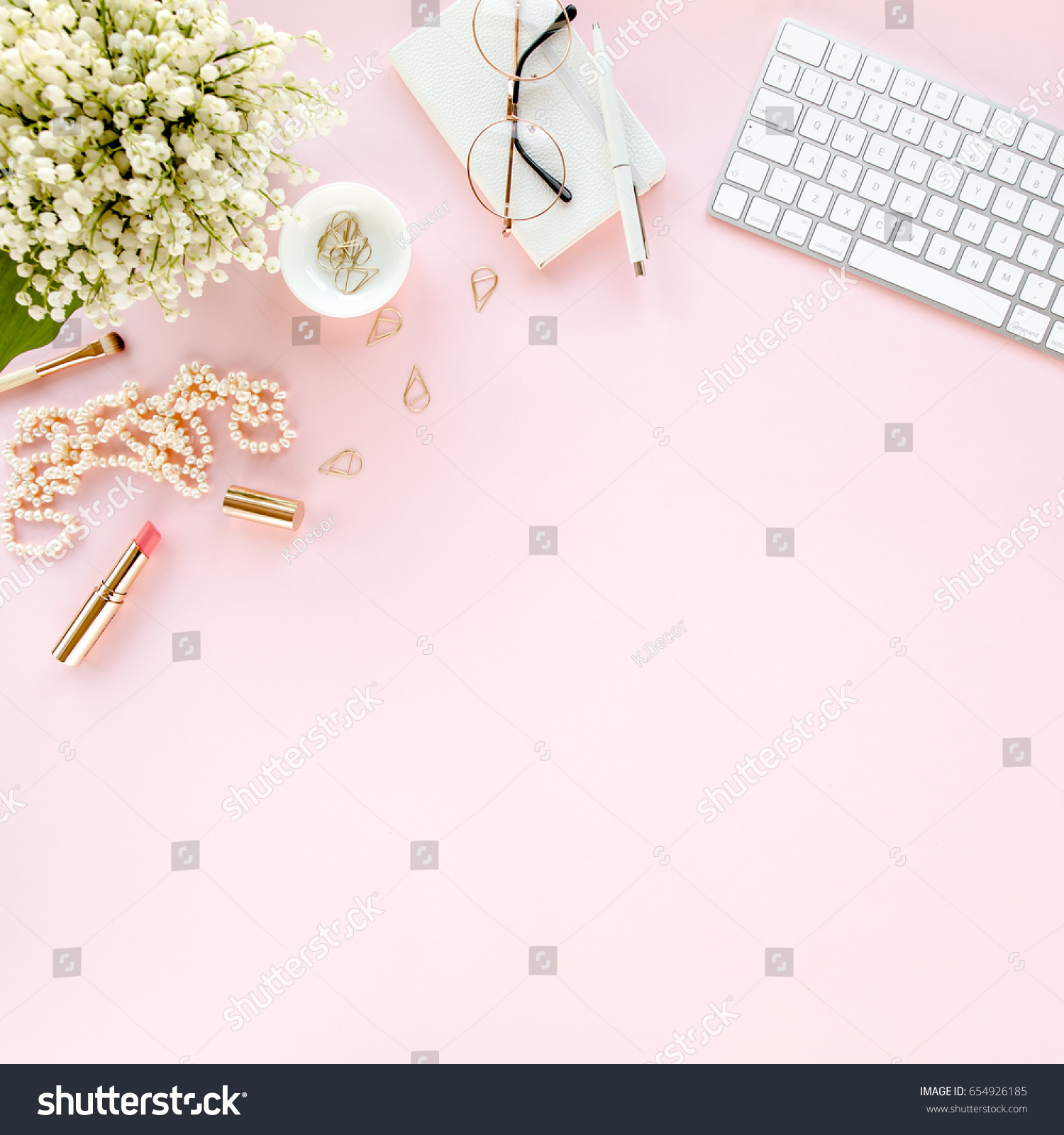 frame cream leaves depositphotos roses stock women workspace and s feminine with desk green photo