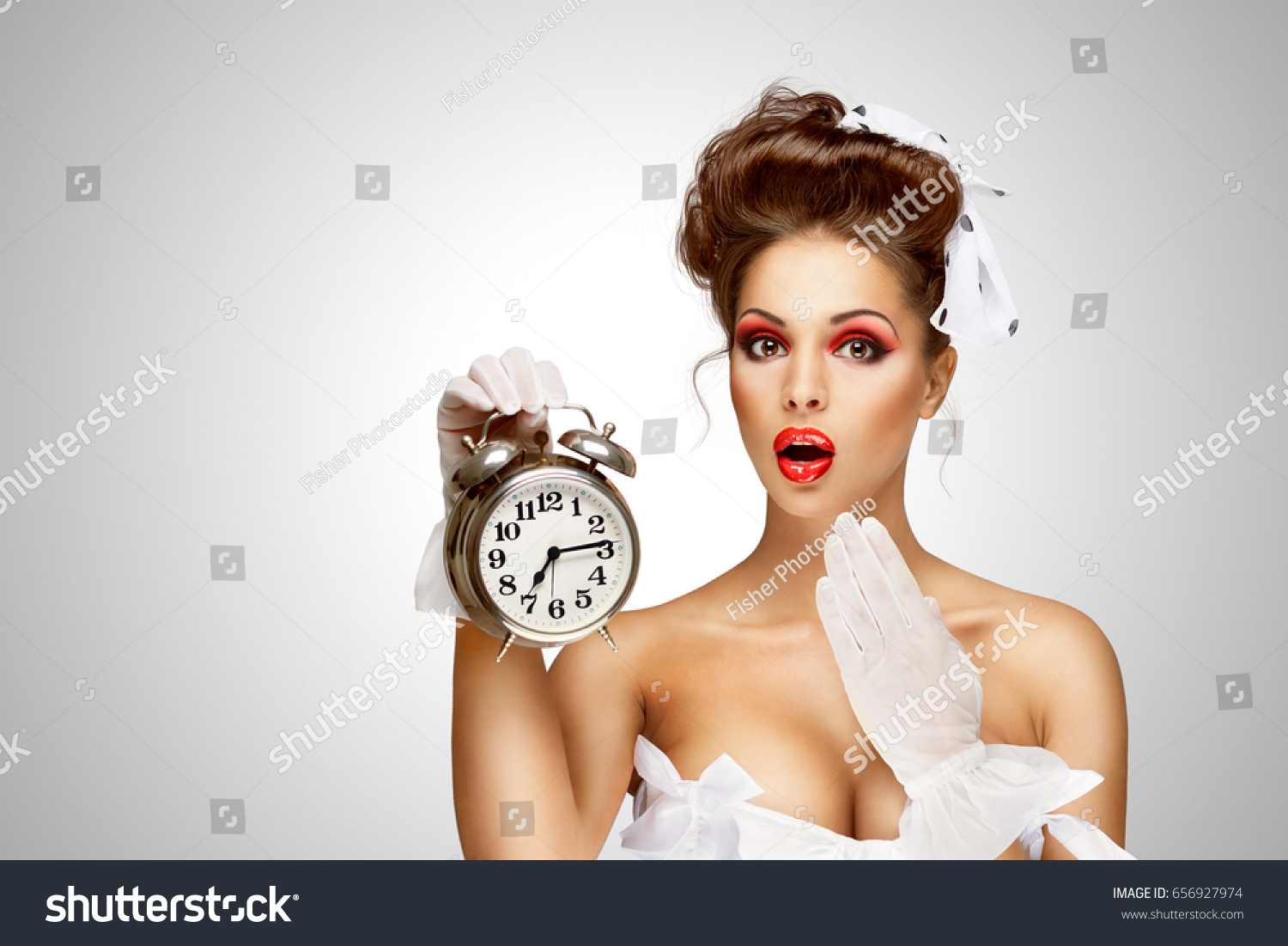 Pin-up girl clock vintage