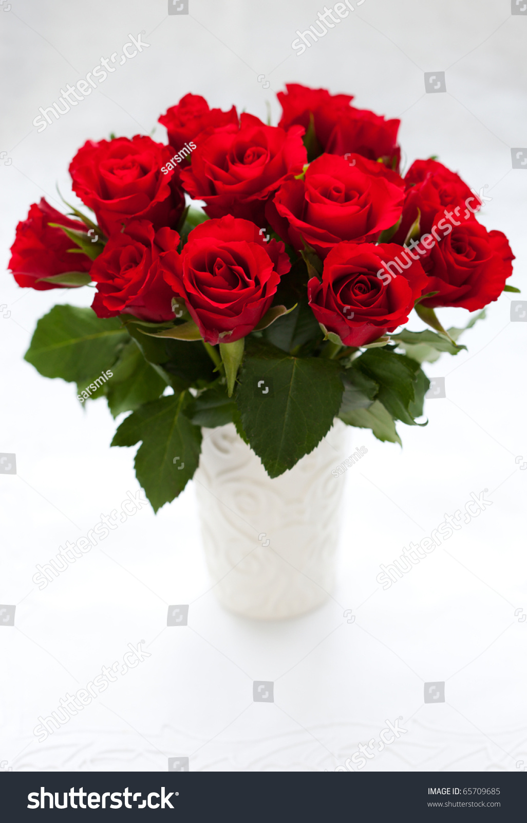 Bouquet Red Roses Vase On White Stock Photo 65709685 ...