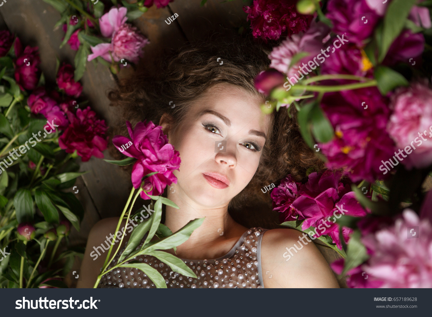 Beautiful Girl With Flowers Beauty With A Beautiful Professional