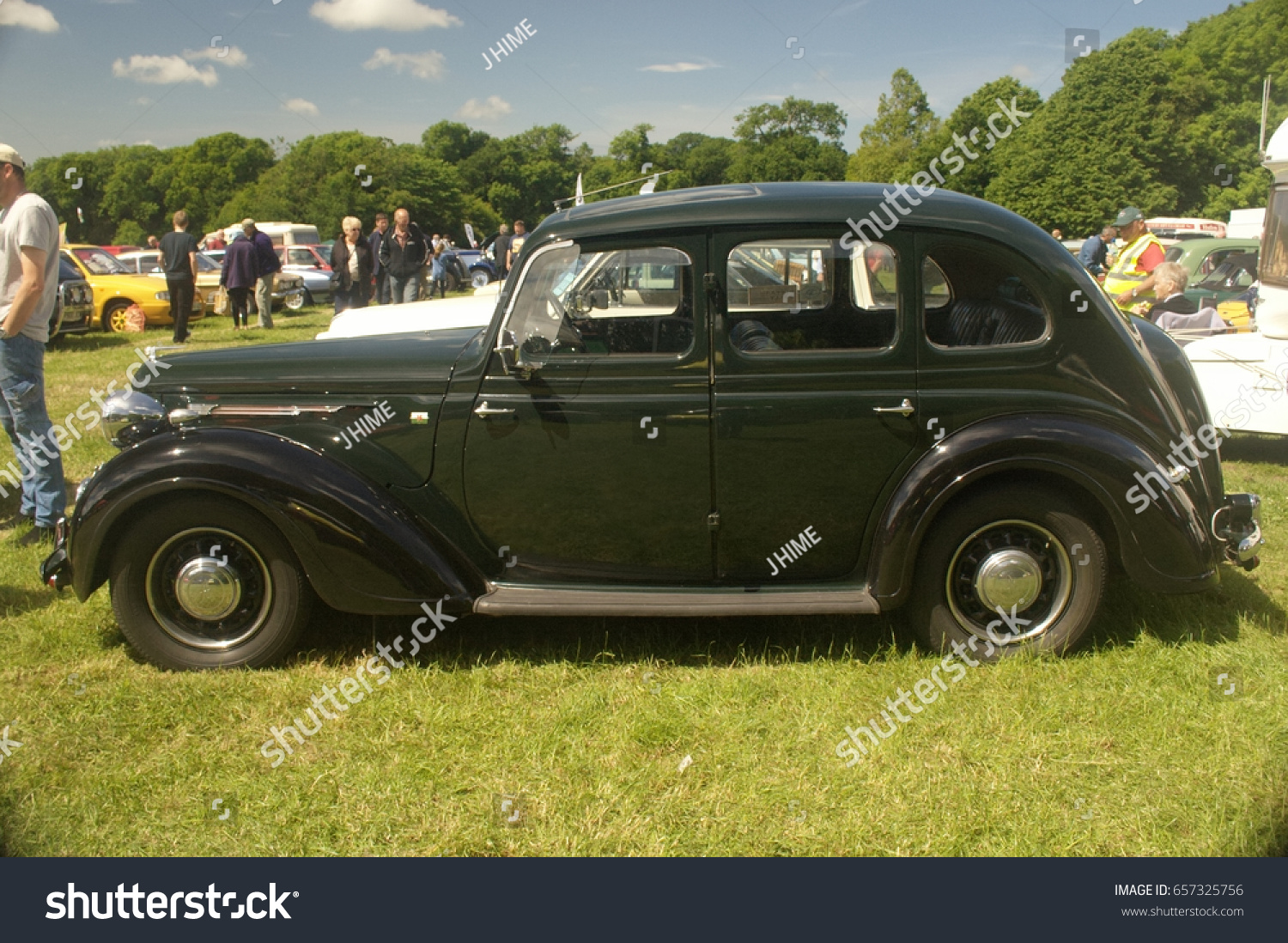 4th June 2017 Vintage Austin Being Stock Photo 657325756 ...