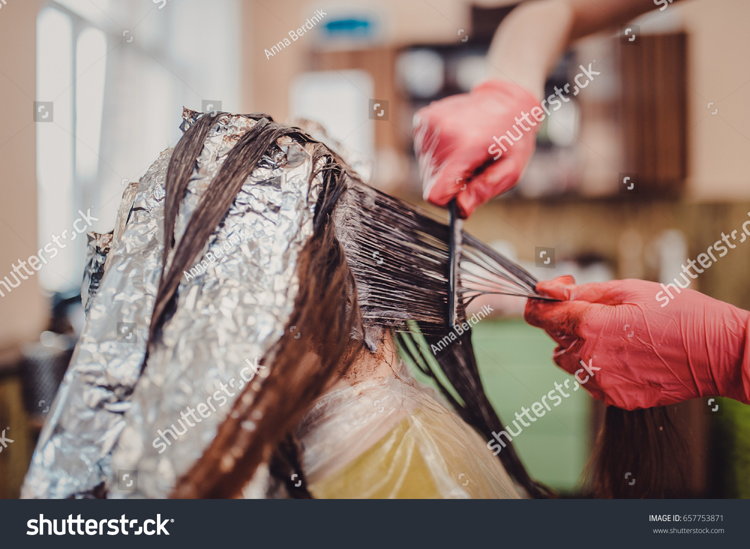 Woman Gloves Dying Hair Hair Dyeing Stock Photo Edit Now 657753871