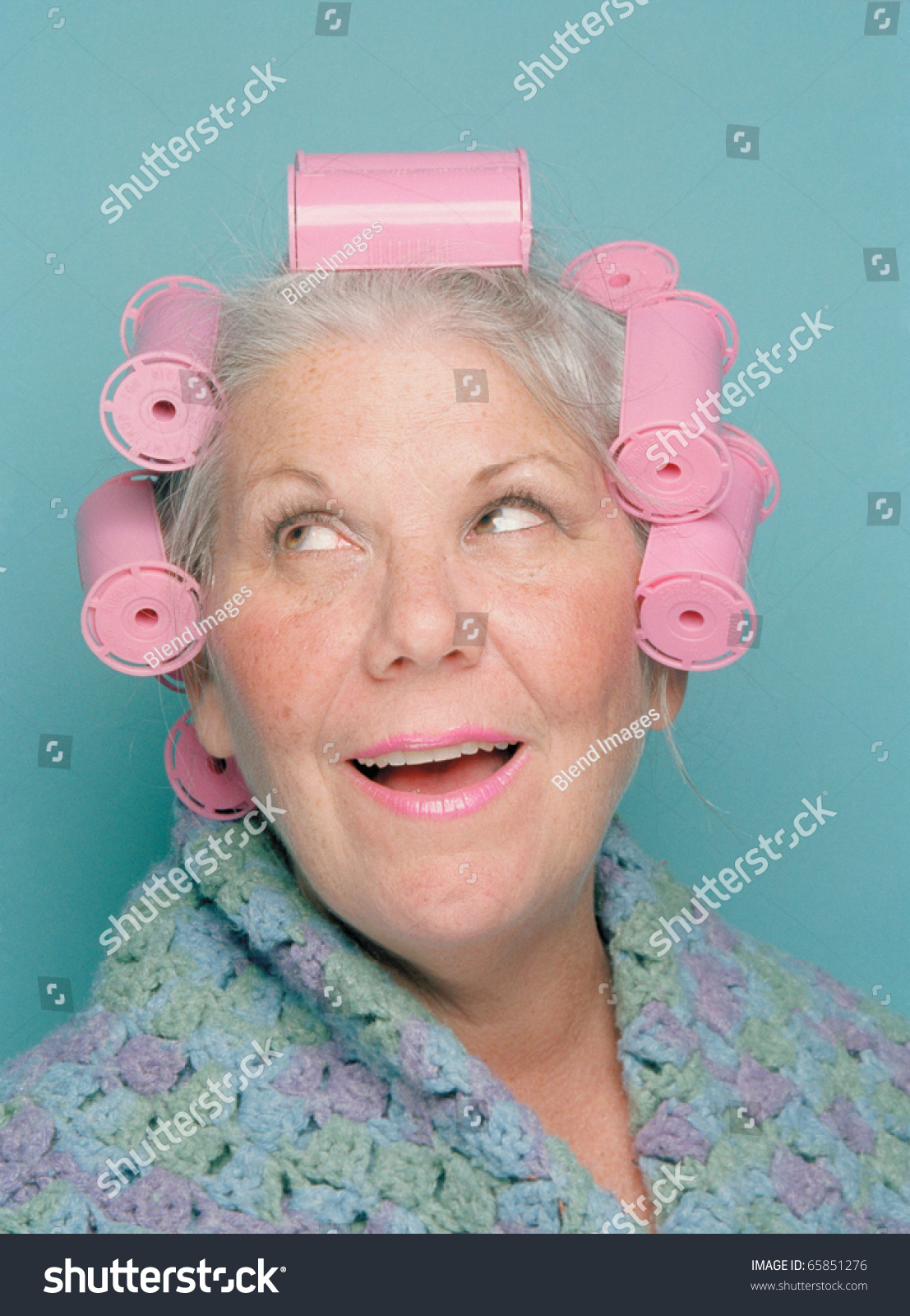 Still Sexy in Her Curlers, Free Mature Porn db: xHamster