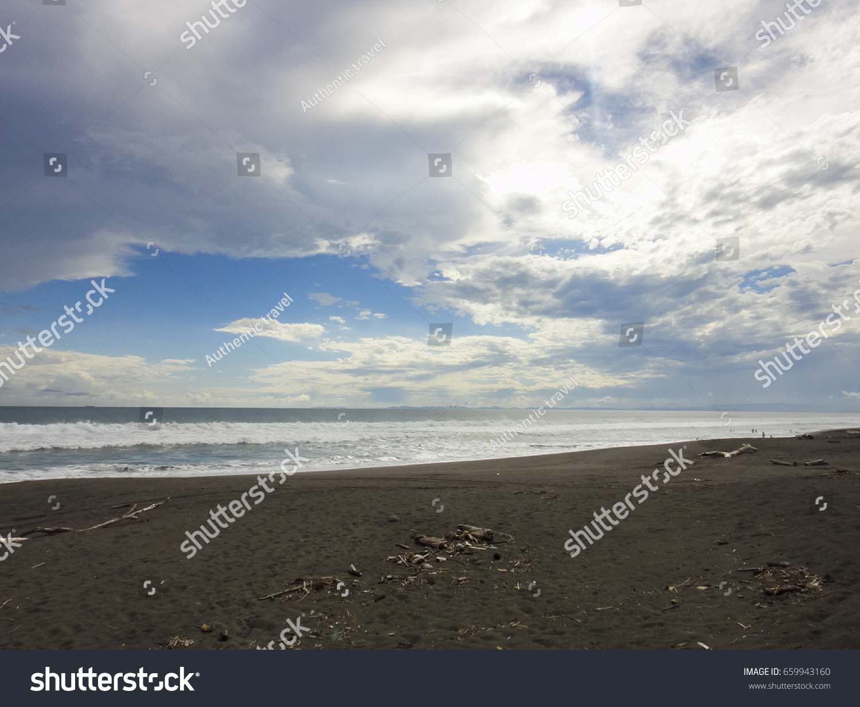 bda64150a Barqueta beach in Panama near David town and Baru volcano. Pacific ...