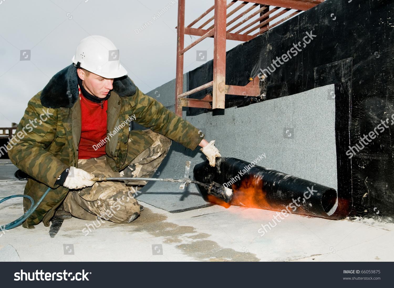 Roofing Asphalt Bitumen Felt Installation With Heating And