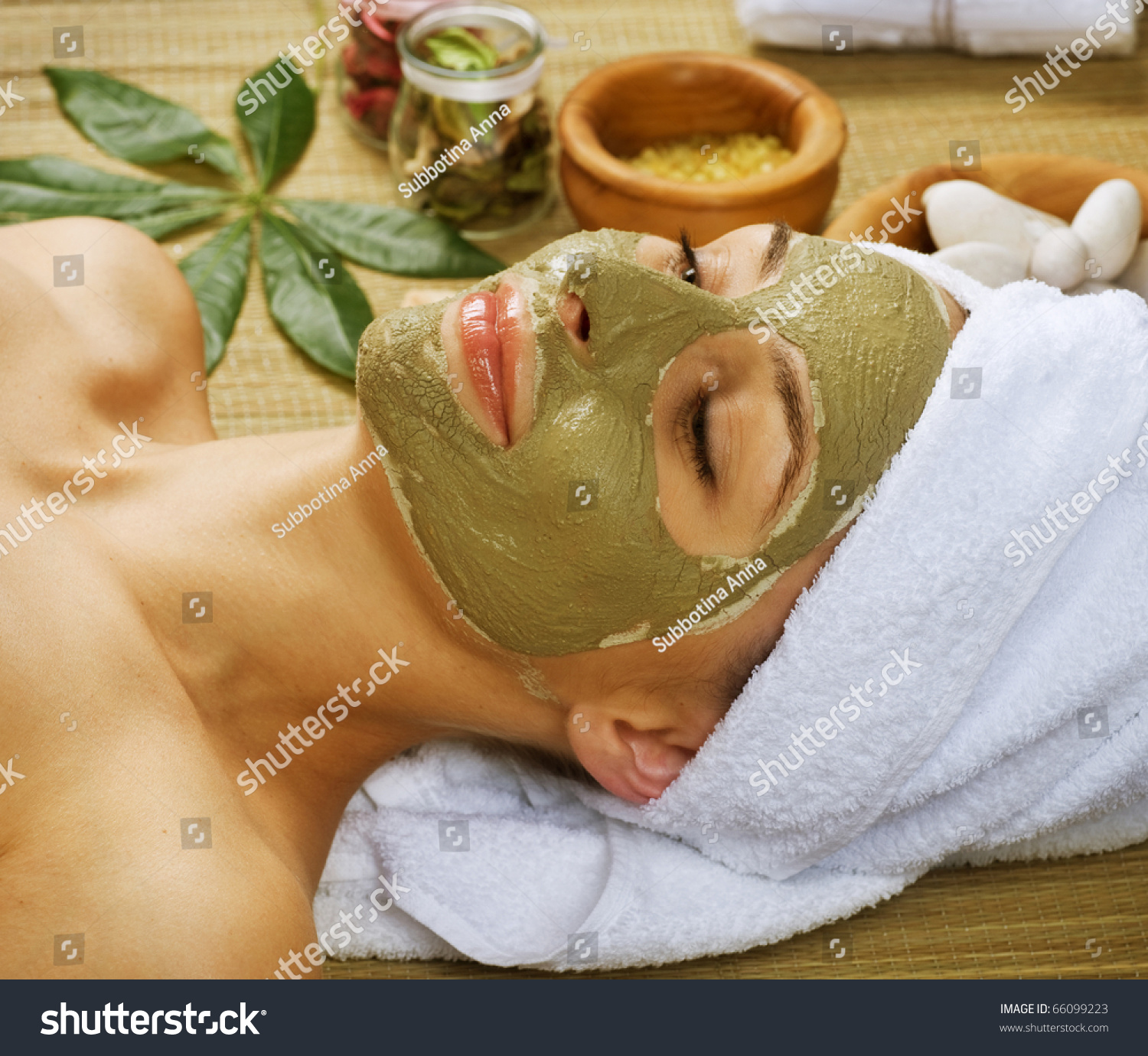 Planet spa facial mud mask busty girl
