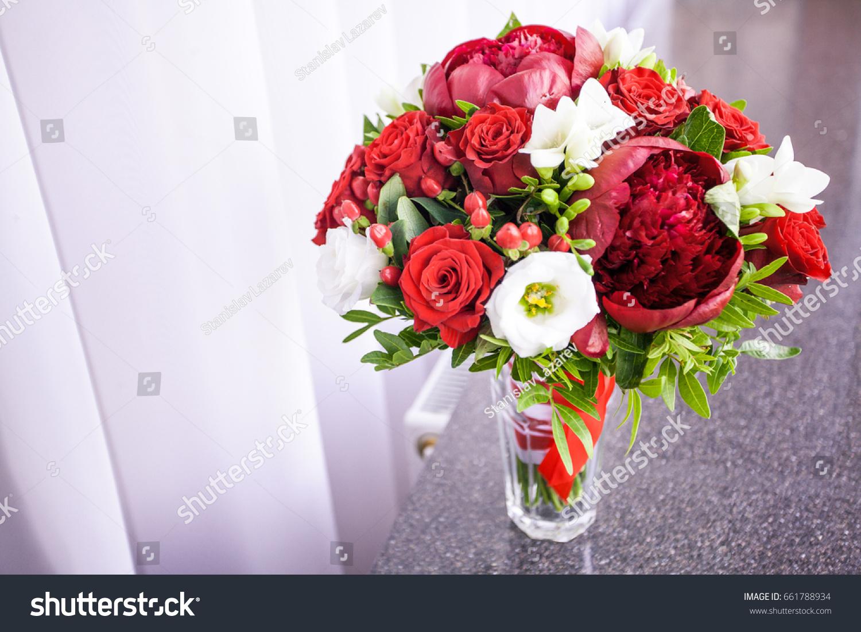 Bridal bouquet fresh flowers of red color ez canvas id 661788934 izmirmasajfo