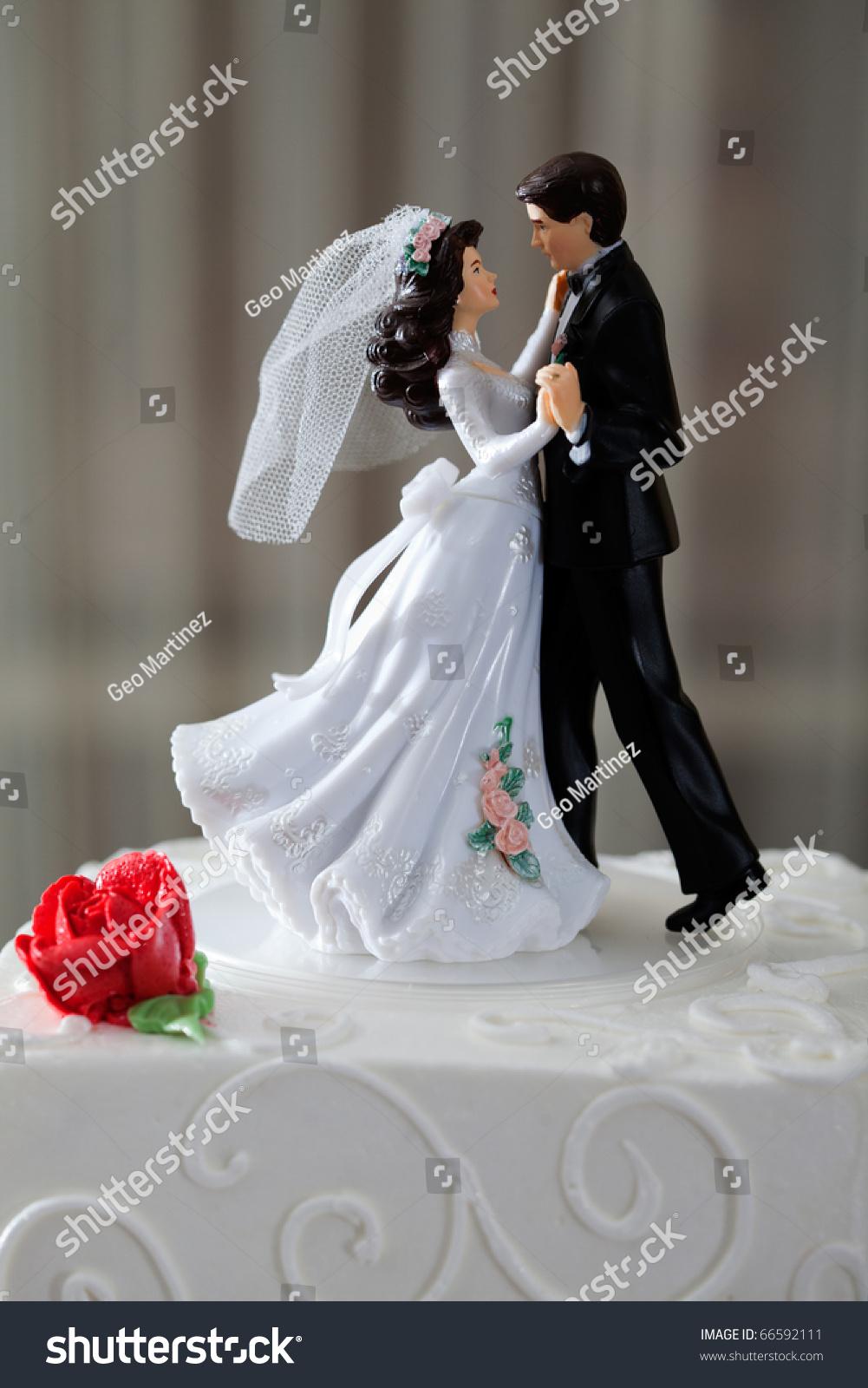 Romantic Dancing Couple Cake Topper