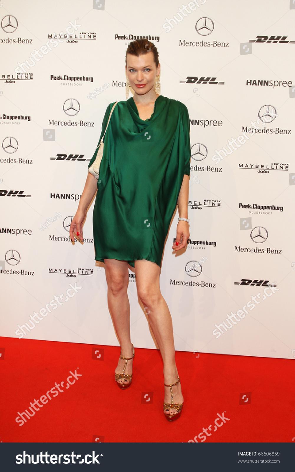 Hacked Milla Jovovich nudes (85 photo), Sexy, Bikini, Instagram, panties 2006
