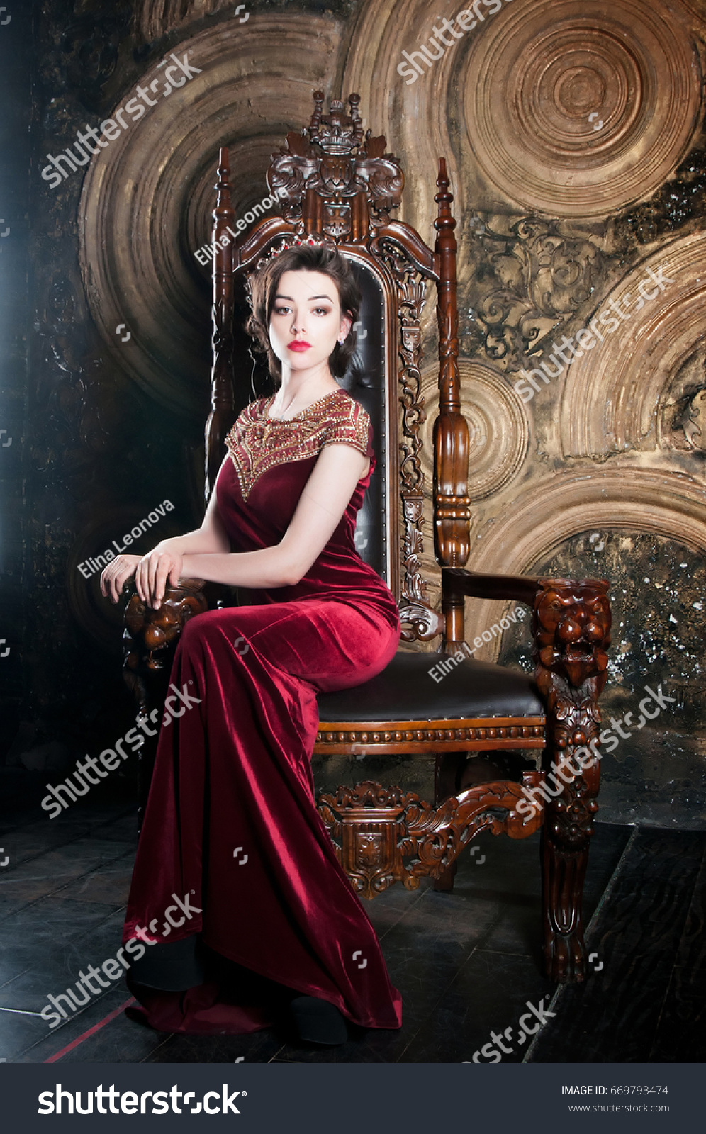 Queen Red Dress Sitting On Throne Stock Photo Edit Now 669793474