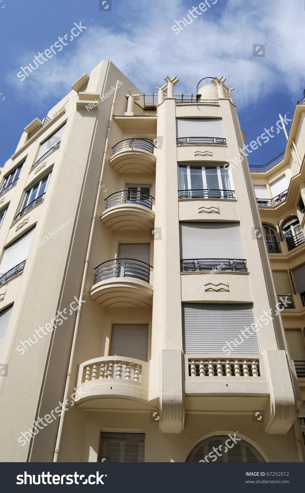 Art deco style apartment building nice cote d 39 azur for Nice building images