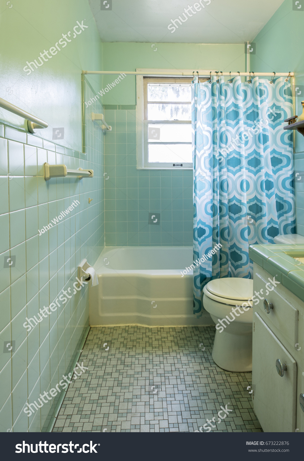 Simple Dated 1950 S Bathroom Green Tile Stock Photo & Image (Royalty ...