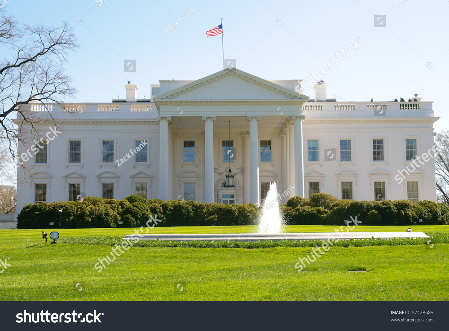 White House Front Exterior And Fountain Stock Photo