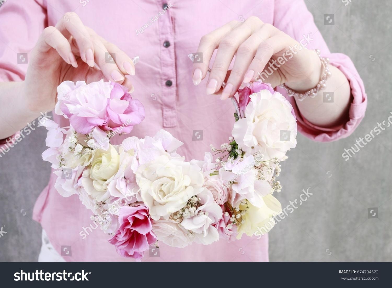 Florist Work How Make Flower Crown Stock Photo Royalty Free