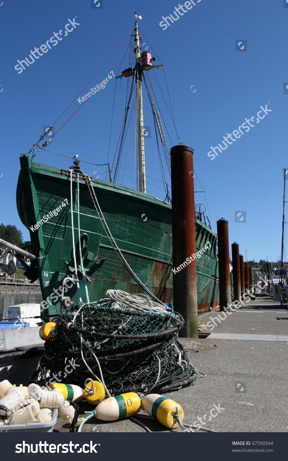 Oregon commercial fishing boats in newport harbor stock for Commercial fishing boats for sale in oregon