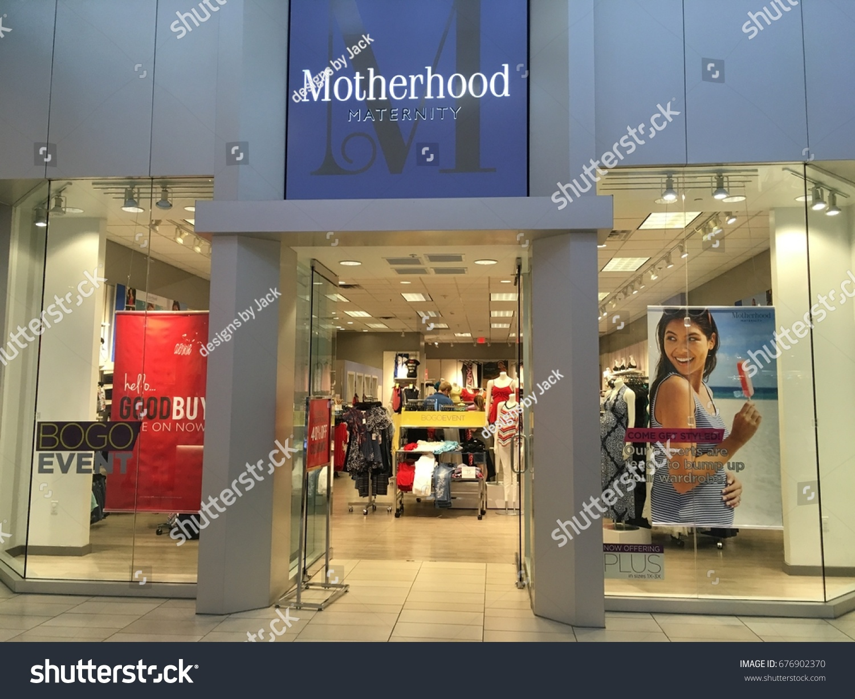 Phoenix Arizona July 1 2017 Motherhood Stock Photo Edit Now 676902370