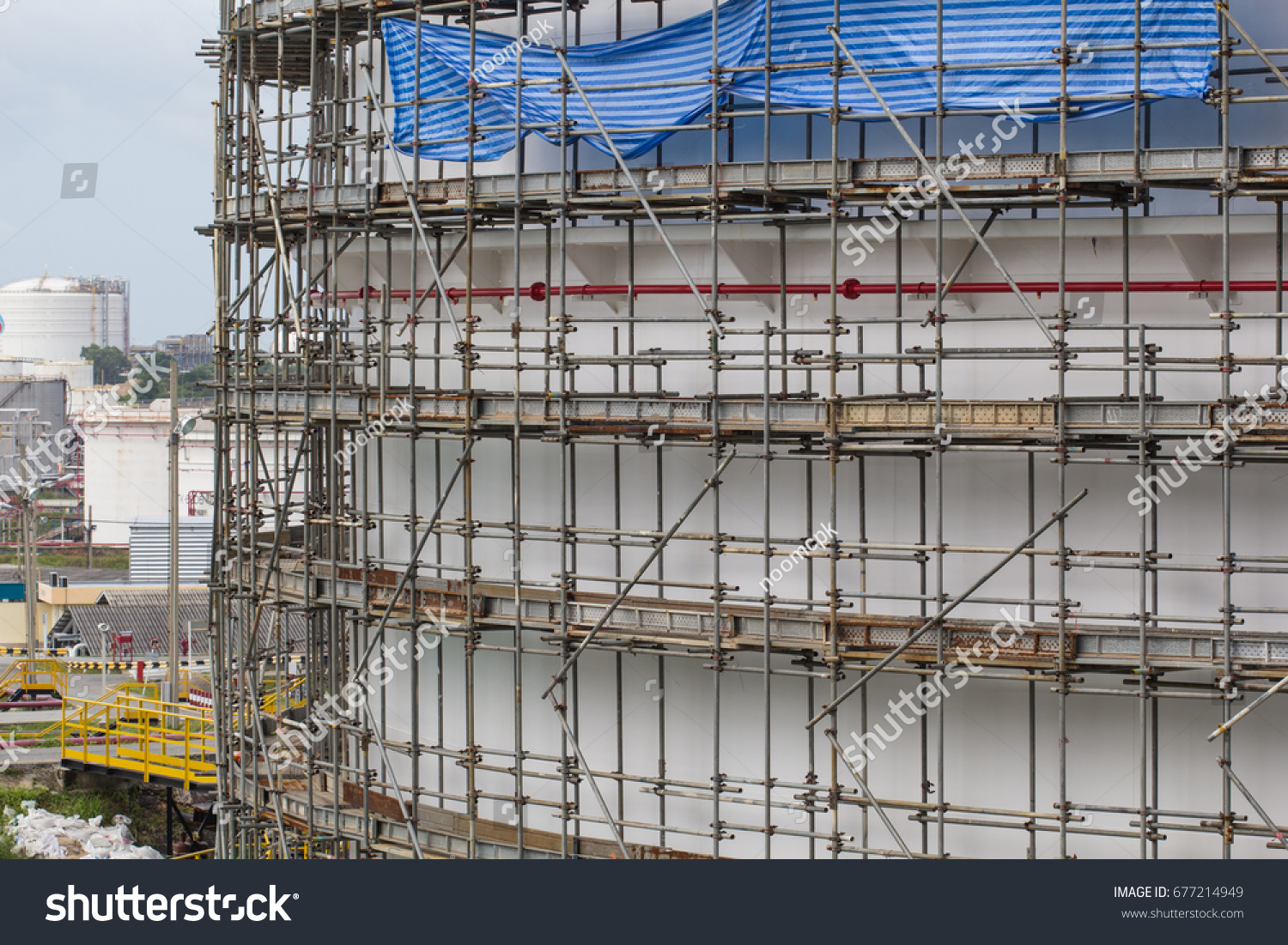 Floor Scaffolding Storage Tank Oil And Gas Refinery