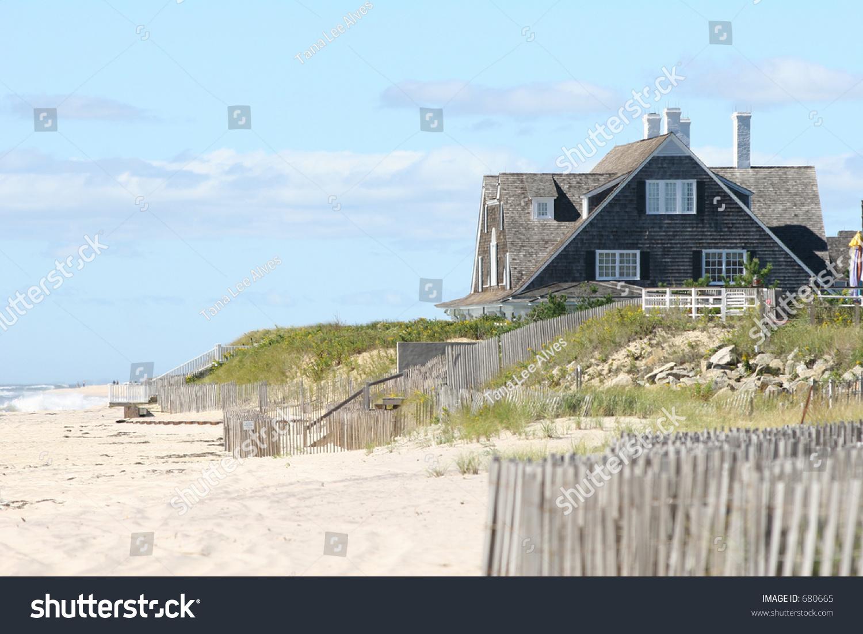 Hamptons beach house images
